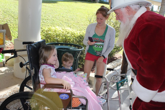 Santa visits sick children